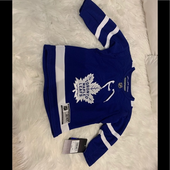 NWT Official NHL John Tavares jersey size 2/4T